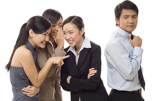 10 điều tuyệt đối phải tránh khi yêu người cùng công ty - 5