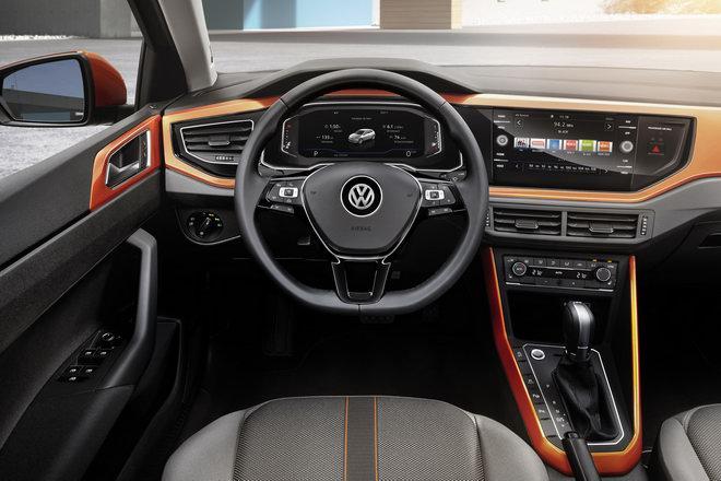 Volkswagen Polo 2018 hoàn toàn mới giá từ 326 triệu đồng - 2