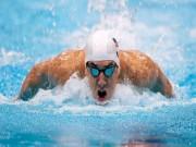 """Michael Phelps đối đầu cá mập trắng bên đường đua """"chết chóc"""""""