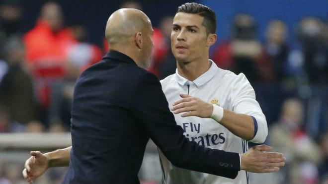 Ronaldo quyết rời Real: Chelsea dùng độc chiêu câu kéo - 2