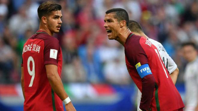 Ronaldo lập kỷ lục buồn vẫn hay nhất trận ra quân Confederations Cup - 1