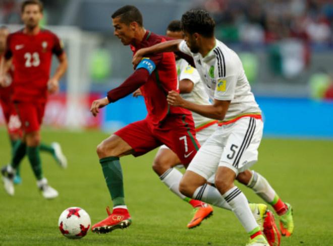 Ronaldo lập kỷ lục buồn vẫn hay nhất trận ra quân Confederations Cup - 2