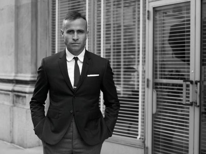 Gã trai hoàn hảo khiêu khích đàn ông bằng những bộ suit - 7