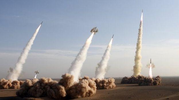 Iran bất ngờ nã tên lửa vào Syria trả thù khủng bố IS - 2