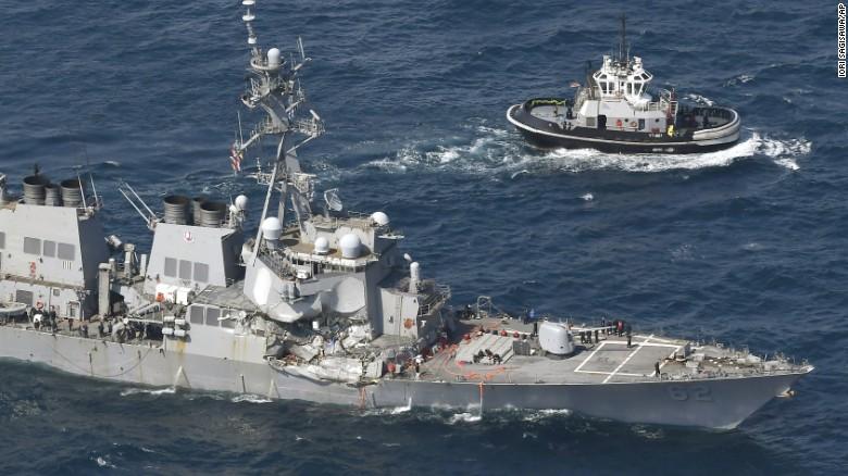 Thủy thủ gốc Việt thiệt mạng vụ chiến hạm Mỹ đâm tàu hàng - 2
