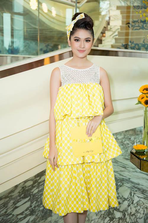 Hoa hậu Kỳ Duyên vàng chói mắt, đọ sắc Mỹ Linh, Diễm My - 7