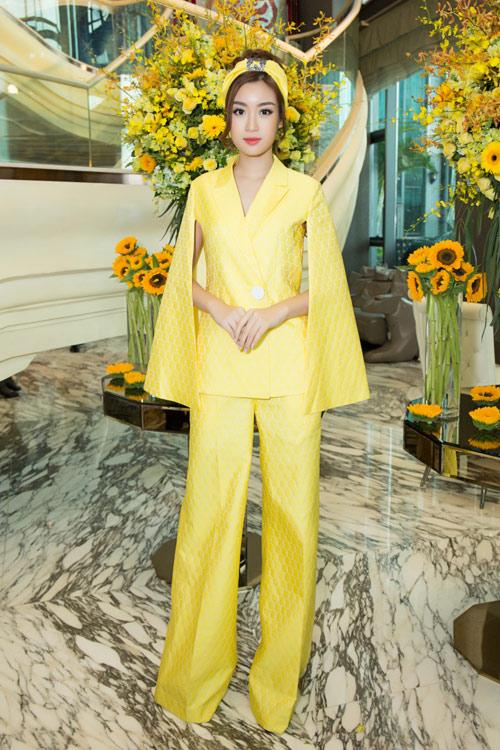 Hoa hậu Kỳ Duyên vàng chói mắt, đọ sắc Mỹ Linh, Diễm My - 3