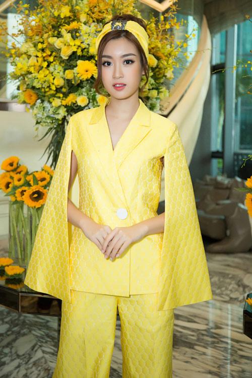 Hoa hậu Kỳ Duyên vàng chói mắt, đọ sắc Mỹ Linh, Diễm My - 4