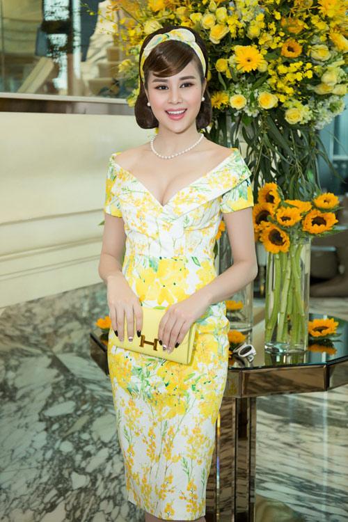 Hoa hậu Kỳ Duyên vàng chói mắt, đọ sắc Mỹ Linh, Diễm My - 15