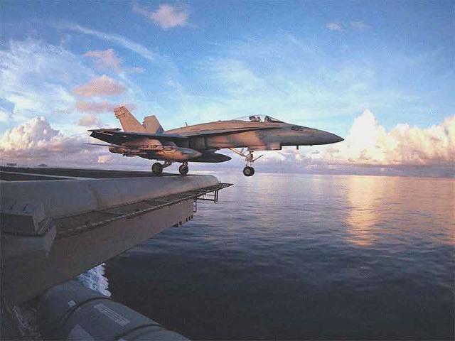 Loại tàu chiến duy nhất của Hải quân Mỹ không thể chìm - 7