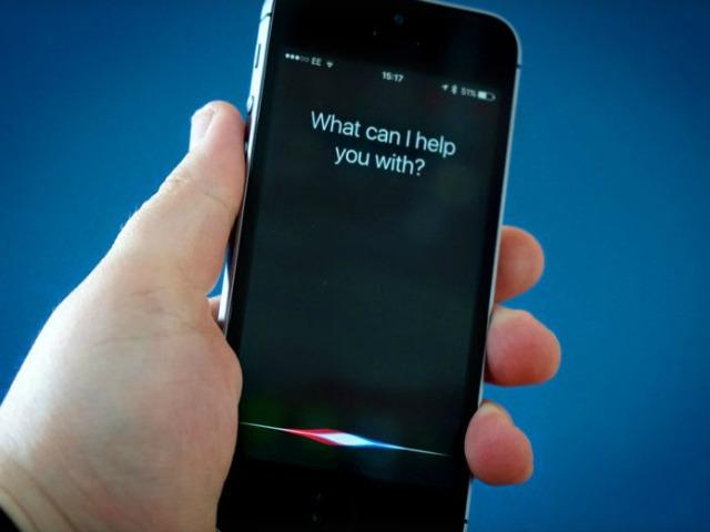 iPhone 7s, iPhone 8 có tùy chọn trợ lý ảo Siri hoặc Assistant