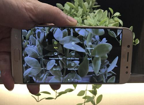 Đánh giá Galaxy J7 Pro: Thiết kế lạ mà sang, giá mềm - 4