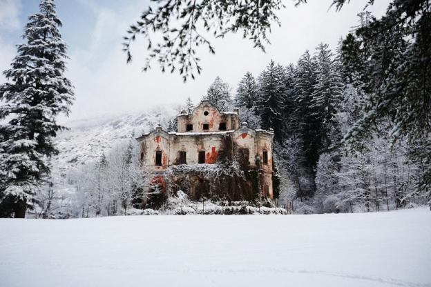 Câu chuyện đau lòng đằng sau biệt thự xinh đẹp bị bỏ hoang ở Ý - 10