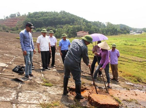 Thái Nguyên công bố khẩn cấp đập hồ Núi Cốc gặp sự cố - 1