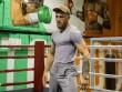 """Boxing tỷ đô: McGregor """"sỉ nhục"""" đấm vào mặt Mayweather"""