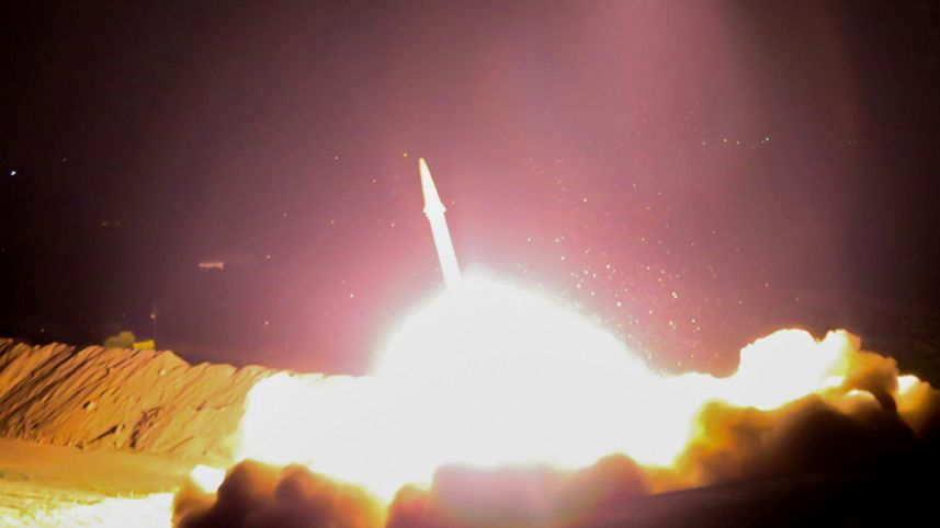 """Iran phóng tên lửa đạn đạo diệt IS ở Syria là """"trò hề""""? - 1"""