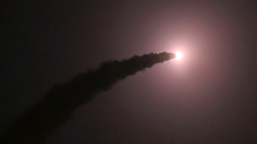 """Iran phóng tên lửa đạn đạo diệt IS ở Syria là """"trò hề""""? - 2"""