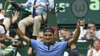 Wimbledon: Djokovic và Murray mắc kẹt, Federer - Nadal tăng tốc