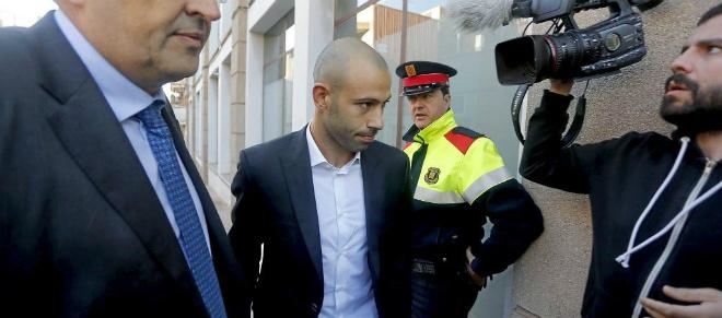 """""""Thập đại kỳ án"""" trốn thuế: Kinh điển Ronaldo – Messi """"nhúng chàm"""" - 2"""
