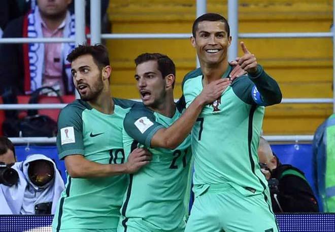 """Ronaldo ghi bàn vào """"ngày vàng"""", có năm 2017 hoàn hảo - 2"""