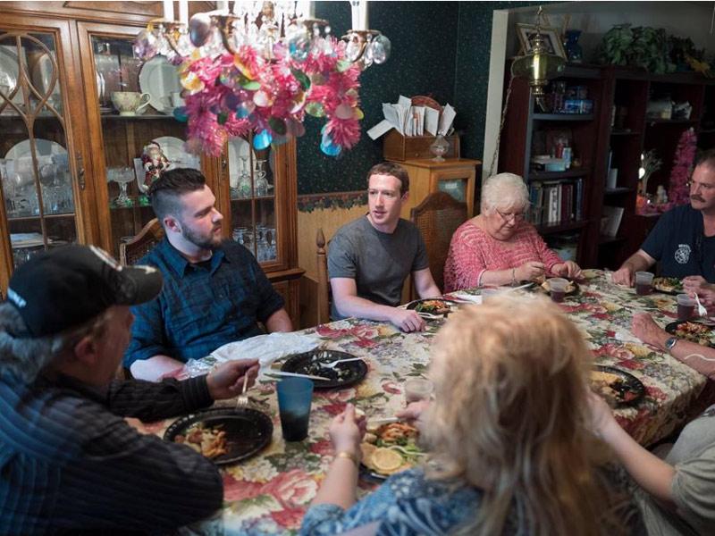 Một ngày bình thường của ông chủ Facebook có gì đặc biệt? - 13