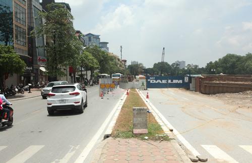 Những tuyến đường HN bị chặt cây xanh: Ngày ấy - Bây giờ - 2