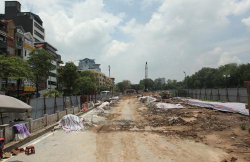 Những tuyến đường HN bị chặt cây xanh: Ngày ấy - Bây giờ - 4