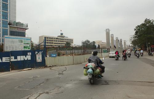 Những tuyến đường HN bị chặt cây xanh: Ngày ấy - Bây giờ - 10