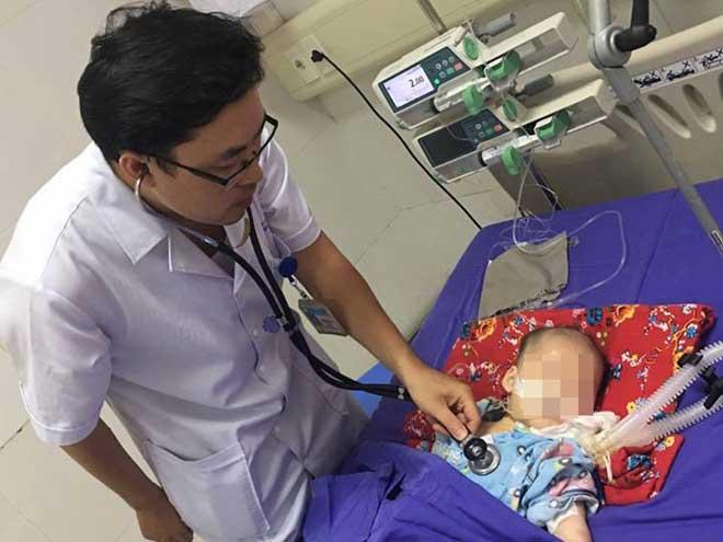 Trẻ 5 tháng tuổi co giật, hôn mê do sử dụng thuốc cam nhiễm chì - 1