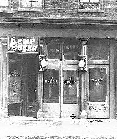 Lời nguyền ma ám trong căn biệt thự của dòng họ đứng đầu ngành bia nước Mỹ - 2
