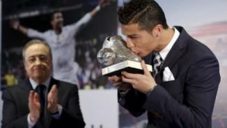 """""""Bố già Real"""" giữ Ronaldo: 1 tỷ euro không bán """"linh hồn"""""""