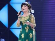 TV Show - Cẩm Ly ngưỡng mộ cô giáo về hưu hát cho bệnh nhân ung thư