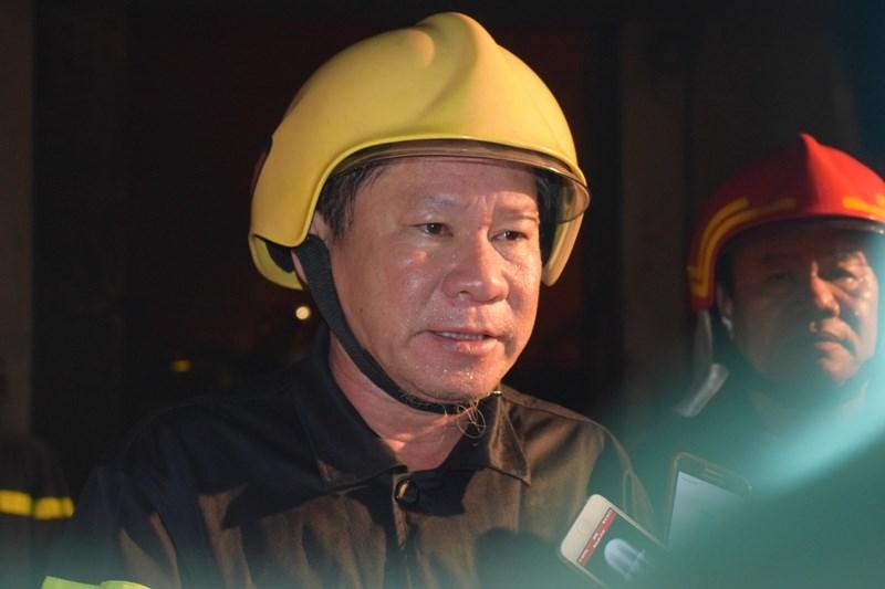 """Chữa cháy trong cảng Sài Gòn: """"Mai em thi Hóa, Lý"""" - 1"""