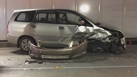 Ô tô chạy ngược chiều vào hầm Thủ Thiêm gây tai nạn liên hoàn - 3