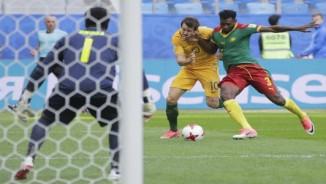 Cameroon - Australia: May mắn thoát hiểm nhờ công nghệ
