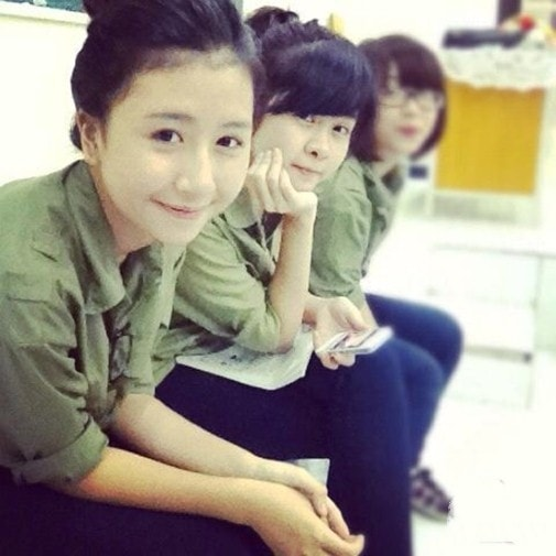 Bóc mẽ nhan sắc Hoàng Thùy Linh, Kỳ Duyên thời sinh viên học quân sự - 9