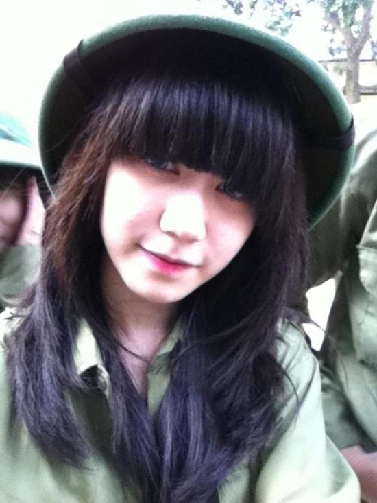 Bóc mẽ nhan sắc Hoàng Thùy Linh, Kỳ Duyên thời sinh viên học quân sự - 12
