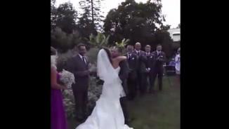 """Clip hài: Các tình huống """"trớ trêu"""" trong đám cưới"""