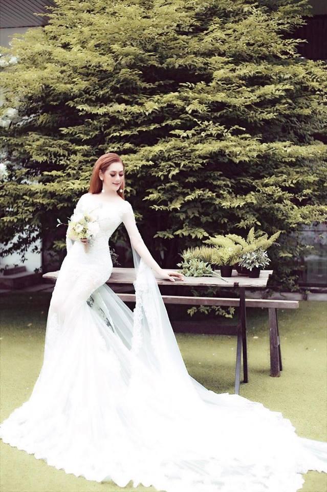"""Lâm Khánh Chi hé lộ tiệc cưới """"khủng"""" và sẽ làm mẹ bằng cách này - 2"""