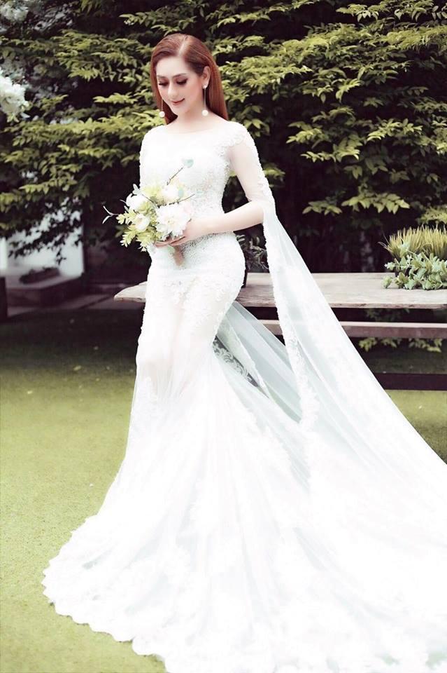 """Lâm Khánh Chi hé lộ tiệc cưới """"khủng"""" và sẽ làm mẹ bằng cách này - 3"""