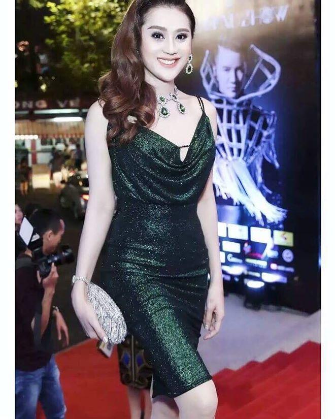 """Lâm Khánh Chi hé lộ tiệc cưới """"khủng"""" và sẽ làm mẹ bằng cách này - 7"""