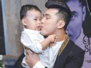 Ca nhạc - MTV - Xúc động với hình ảnh Ưng Hoàng Phúc vừa đi hát vừa chăm con