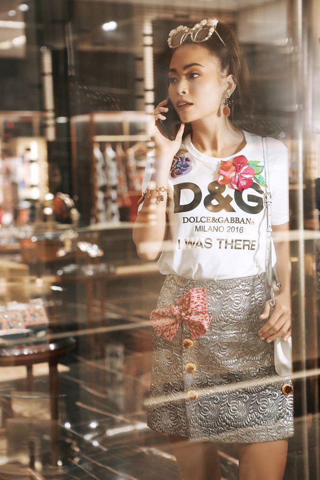 Đông Nhi, Minh Hằng chơi trội chi 28 triệu mua chiếc áo thun hoa hòe - 7