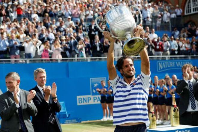 Tennis 24/7: Lập kỳ tích ở Halle, Federer mơ cúp vàng Wimbledon - 3