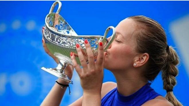Tennis 24/7: Lập kỳ tích ở Halle, Federer mơ cúp vàng Wimbledon - 5