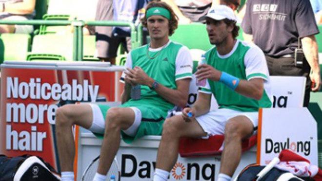 Tennis 24/7: Lập kỳ tích ở Halle, Federer mơ cúp vàng Wimbledon - 2
