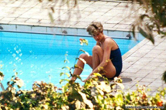 """Không ngờ công nương Diana từng mặc bikini """"chất chơi"""" đến vậy - 4"""