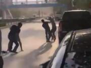 An ninh Xã hội - Tranh giành khách, hai tài xế ẩu đả trên đường