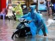 Không khí lạnh quay lại, đêm nay Bắc Bộ mưa như trút nước