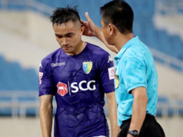 """V-League: Triệt hạ đối thủ, Sầm Ngọc Đức bị """"treo giò"""" 8 trận"""